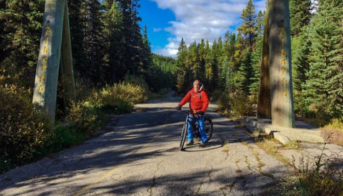 Golden Larch Fest - Riding the E-Bike through the Great Divide